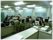 オフィス内業務風景1